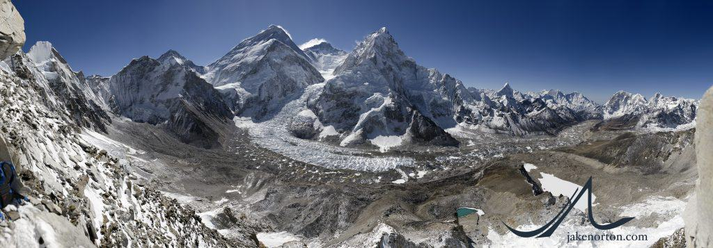 Gigapixel panorama of Mount Everest from Camp 1 on neighboring Pumori, Nepal. From left to right, visible peaks are Lingtren, Khumbutse, Changtse, the West Shoulder, Lhotse, Nuptse, Ama Dablam, Kangtega, Thamserku, Tawoche, and Cholatse, among many others. The Khumbu Icefall sits in the center, and when zoomed in climbers are clearly visible in the upper sections.